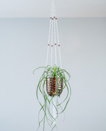 suspension plante macramé, cache pot cuivre, suspension macramé plante, suspension macramé pour plante, suspension macramé, suspension macrame, macrame plante, suspension, suspension en macramé, suspension en macramé pour plante, suspension avec cache pot, suspension artistiques, suspension d interieur, suspension design, suspension design en macrame, suspension design en macramé, suspension interieur, suspension plante, suspension pour plante, suspension pour plante en macramé, suspension pour plantes, suspensions, suspensions artistiques, suspensions pour plantes, suspension plante 2 étages, suspension plante 3 étages, suspension macramé 2 étages, suspension macramé 3 étages, suspension double macramé, suspension triple macramé, tendance mode, tendance ouest, vintage, porte plante, porte pot, porte cache pot, porte pot macramé, porte pot double, porte pot triple, porte pot en macramé, jardinière suspendue, nature, plante, plante suspendue, deco plante, deco plante originale, noeud, noeud macramé, ambiance et style, ambiance zen, art deco, art design, art et deco, deco bohème, bohème, art nouveau, artisanal, artisanat fait main, artistique, best, bretagne, by madjo, bymadjo, cadeau fait main, cadeaux noel, cadeaux originaux, cadeaux originaux noel, cadeau original, chic, chic chic, classe, corbeille à fruits suspendue, corbeille a fruit, corbeille à fruits, saladier, createur, creation artisanale, creations artisanales, creatrice, fait main, deco, deco chambre, deco de maison, deco de salon, deco de cuisine, deco de salle de bain, deco design, deco et ambiance, deco fait main, deco salon, decoration, decoration de maison, decoration design interieur, décoration d'intérieur, decoration maison, design, vintage, elegant, fabrication artisanale, fait maison, fashion tendance, france, home deco, idee cadeau, idee cadeau femme, idee cadeau homme, idee de cadeau, idee de deco, idee deco, idee decoration, idee salon deco, idée plante, ille et vilaine, luxe, macrame, macrames, macramé, maison art deco, maison deco, maison design, maison et deco, marjorie, marjorie blanquaert, meilleur, meilleure, new, nouveau, objet déco, objet deco design, objet deco maison, objet design, objets de deco, original, deco original, personnalisation, personnaliser, pot, pro, professionnel, qualite, qualite france, quotidien, rennes, bretagne, tissage, tressage, passementerie