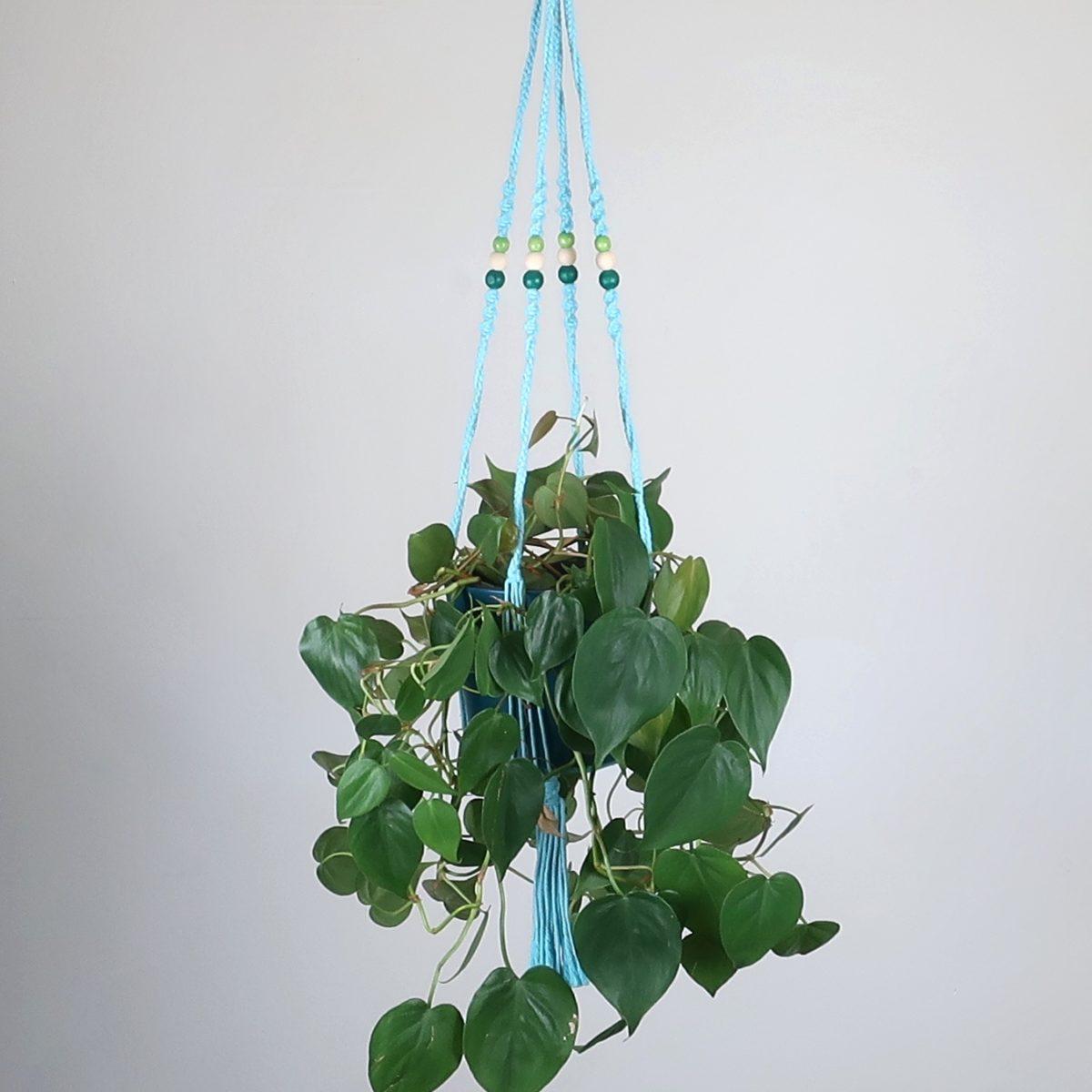 suspension macramé turquoise